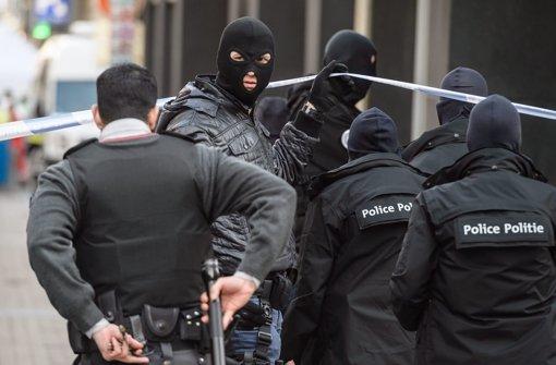 Nach den Bombenexplosionen im Brüsseler Flughafen und in einer U-Bahn-Station: Großkampftag für die belgischen  Sicherheitskräfte. Foto: