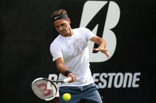 Erstes Training von Roger Federer auf dem Weissenhof