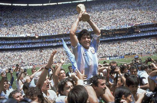 Maradona 1986 in Mexiko. Er führte Argentinien zum Titel und wurde zum besten Spieler gewählt. Foto: AP
