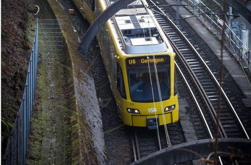 Aus Stadtbahn gelockt und verprügelt