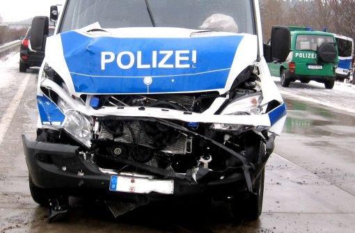 19.7.: Polizist baut Unfall mit Streifenwagen