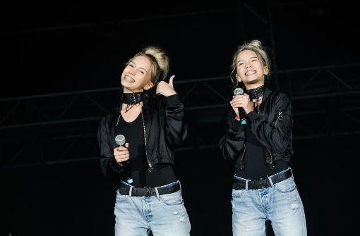 Die Zwillinge Lisa und Lena haben ihre erste Single veröffentlicht. Foto: Lichtgut/Verena Ecker