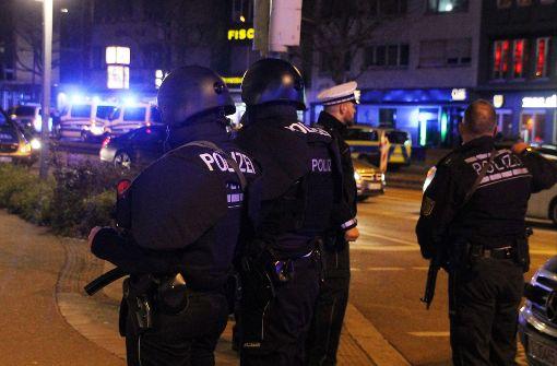 Amokalarm am Rotebühlplatz ausgelöst – Polizei durchsucht Gebäude