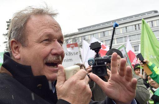 Gute Konjunktur: Verdi-Chef fordert deutlich mehr Lohn