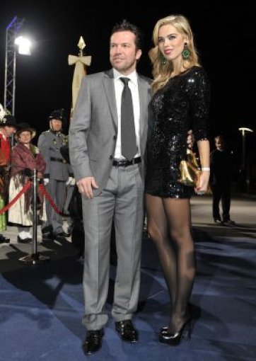 Lothar Matthäus war mit Liliana - inzwischen blond - vor Ort. Foto: dpa