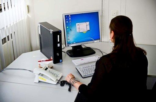 Schon Ein Eigener Schreibtisch Gehört In Einigen Firmen Zur Vergangenheit. Foto:  Max Kovalenko