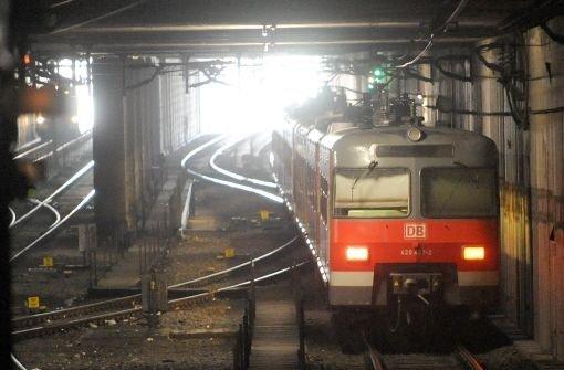Wegen Bauarbeiten hat es am Dienstagmorgen Probleme mit einem Stellwerk gegeben. Der S-Bahn-Verkehr war davon massiv betroffen. Foto: dpa