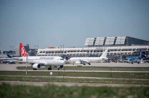 Flugbetrieb wegen Gewitters eingestellt