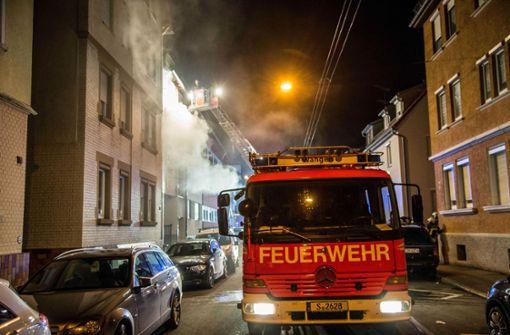 Ein Schwerverletzter nach Wohnungsbrand