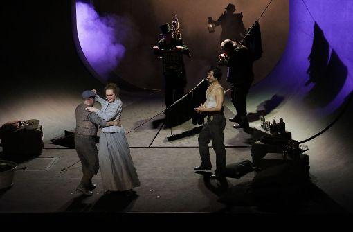 Kirill Petrenko dirigiert Puccinis Opernzyklus