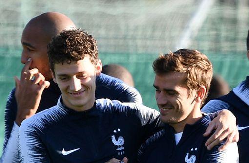 Wieder mal mit Frankreich unterwegs: Benjamin Pavard (links) mit Antoine Griezmann Foto: AFP