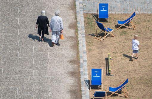 Auch in der Stuttgarter Innenstadt hat die lange Trockenheit ihre Spuren hinterlassen. Foto: dpa