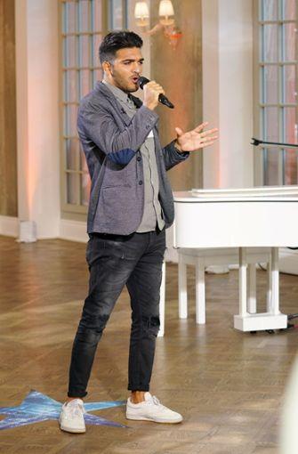 "Salvatore Puleo performte ""Livin' la vida loca"" von Ricky Martin.  Foto: MG RTL D / Stefan Gregorowius"