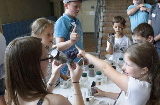 Universität Stuttgart öffnet ihre Labortüren
