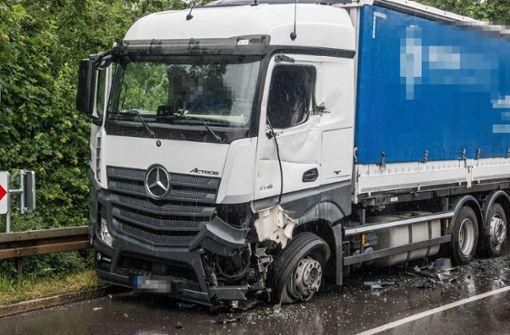 Unfall mit zwei Lkw sorgt für Stau