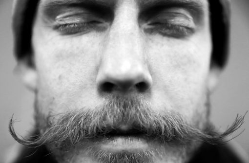 Skispringer Robert Johansson aus Norwegen glänzt durch einen ganz ausgefallenen Bart, während... Foto: Getty Images AsiaPac