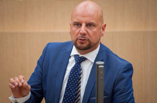 Der AfD-Landtagsabgeordnete Stefan Räpple hat die Plattformen freischalten lassen. Foto: dpa