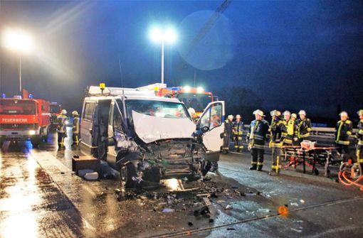Schwerer Unfall bei Wendlingen verursacht kilometerlangen Stau