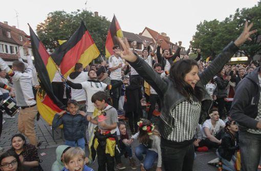 Auf dem Wettbachplatz steigt die größte Fußball-Party im Kreis. Foto: factum/Bach