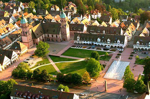 Der Marktplatz glänzt in seiner ganzen Pracht.  Foto: Freudenstadt Tourismus