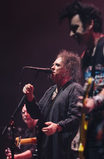 12.000 Zuschauer zelebrierten die fünf Musiker in der ausverkauften Schleyerhalle.  Foto: Lichtgut/Verena Ecker