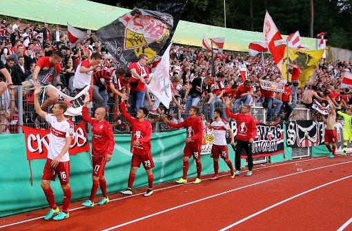 Der VfB siegte mit 3:0 gegen den FC 08 Homburg. Unsere Leser und die Redaktion bewerteten anschließend die Spieler mit Schulnoten. Foto: Pressefoto Baumann