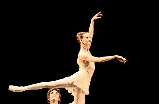 Neugierde von Tänzern, die ansteckt