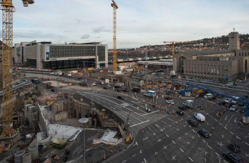 Die Baugruben für den riesigen Tiefbahnhof in der Stadtmitte können aus Sicht der Gegner alternativ genutzt werden. Foto: Lichtgut/Max Kovalenko