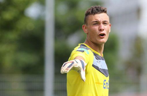 Die Ulmer Spatzen krallen sich VfB-Nachwuchskeeper