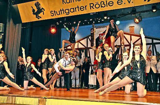 Glitzer, Glanz, Glamour und die Lizenz zum Tanzen