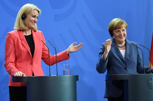 Bundeskanzlerin Angela Merkel (CDU, rechts) und die dänische Ministerpräsidentin Helle Thorning-Schmidt bei einer gemeinsamen Pressekonferenz. Wer Merkels Nachfolger wird, könnten vielleicht bald die CDU-Mitglieder entscheiden. Foto: dpa
