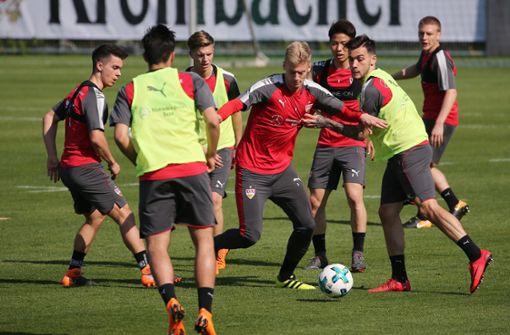 Die Profis des VfB Stuttgart trainieren für das Heimspiel gegen Werder Bremen. Foto: Pressefoto Baumann