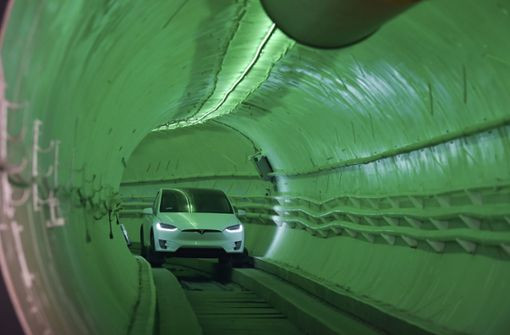 Tesla-Chef eröffnet Test-Tunnel in Los Angeles