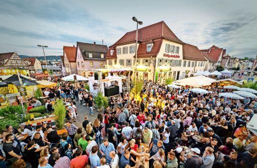 Gedrängel am Bengelplatz während des Citytreffs 2016. Das beliebte Straßenfest ist immer sehr gut besucht. Foto: Stadt Winnenden
