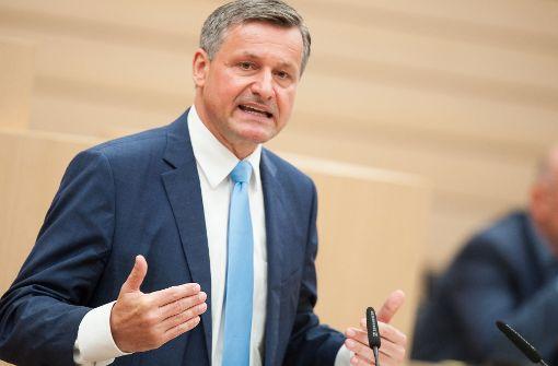 Hans-Ulrich Rülke liest der AfD im Landtag von Stuttgart die Leviten. Foto: dpa