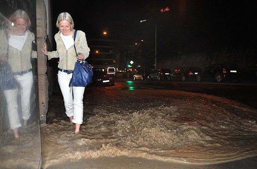 Heilbronner Straße steht unter Wasser