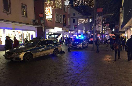 Am Donnerstagabend kam es in Esslingen in der Bahnhofstraße nach einem Streit zu einem Messerangriff. Foto: 7aktuell.de/Timo Reichert
