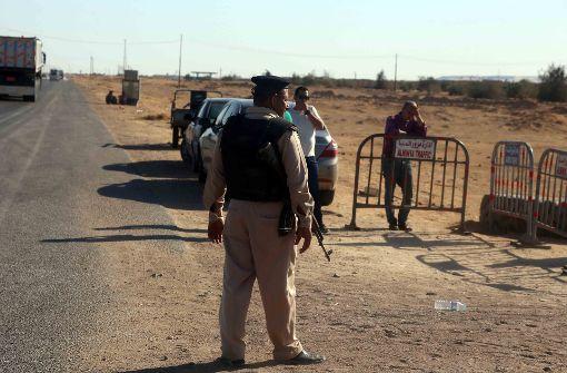Ägyptische Armee greift Terrorcamp an