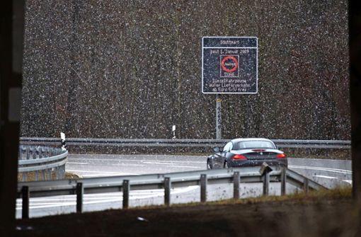 Viele Menschen in der Region Stuttgart fühlen sich vom Fahrverbot für Euro-4-Diesel persönlich getroffen. Foto: dpa