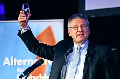 Wahlparty in Stuttgart: AfD-Chef Jörg Meuthen, mit dem niemand koalieren will, kündigt eine harte Opposition gegen die etablierten Parteien an. Foto: Getty Images Europe