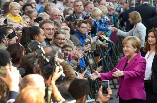 Merkel würdigt Mut der Demonstranten