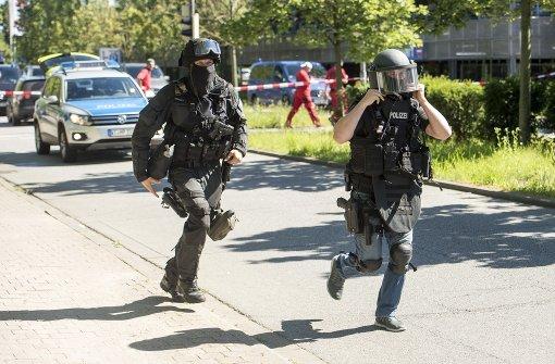 SEK erschießt bewaffneten Täter
