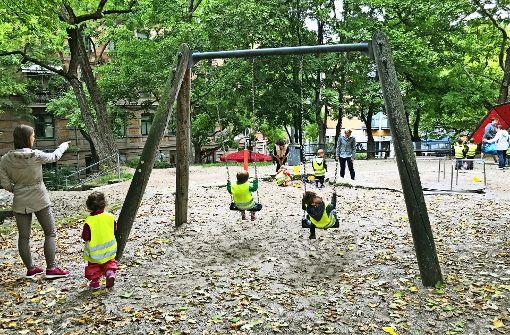 Kritik am Zustand des Spielplatzes am Mozartplatz Foto: Haar