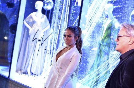 Jennifer Lopez präsentiert sexy Schuhkollektion