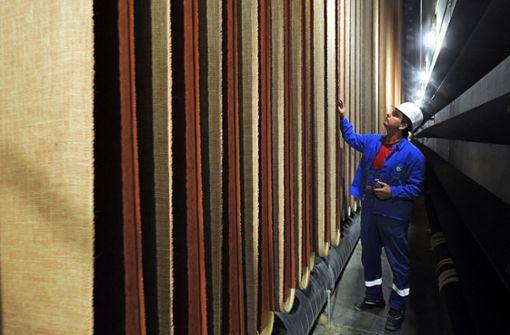Das Linoleum-Werk von DLW in Delmenhorst hat einen neuen Investor und damit eine Perspektive. Foto: dpa