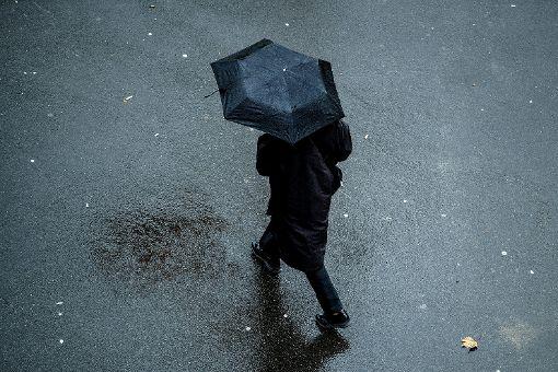 Wetterfühlige müssen mit Kopfschmerzen rechnen