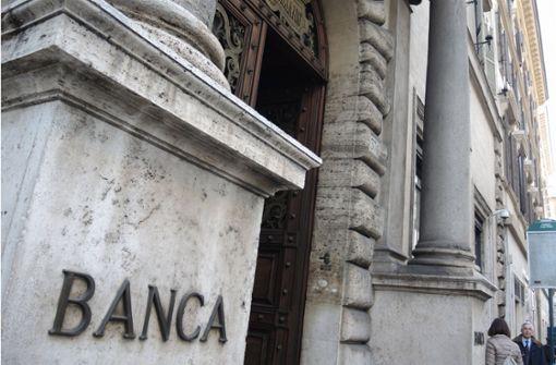 """EU wirft Rom """"beispiellose"""" Abweichung von Regeln vor"""