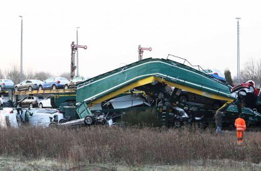 Millionenschaden bei Crash von zwei Güterzügen
