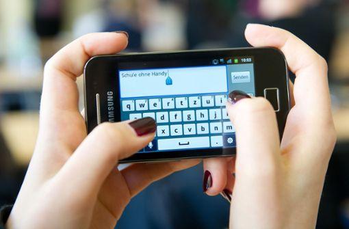 Lehrerverband will Handynutzung einschränken