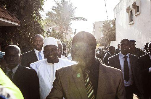 Westafrikanische Truppen rücken in Gambia ein